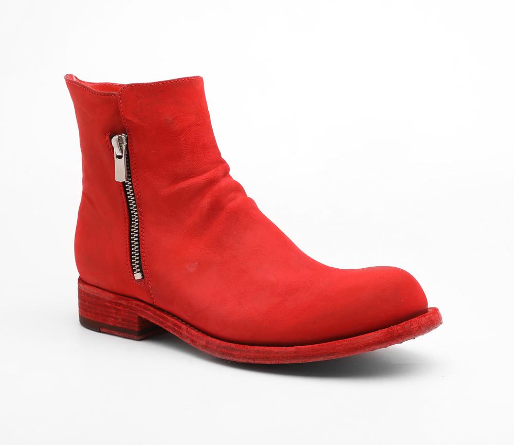 תמונה של נעלים ברברה אדומות