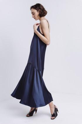 תמונה של DOTTIE DRESS NAVY